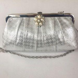 Handbags - NWT Silver Clutch With Chain Purse Shoulder Bag